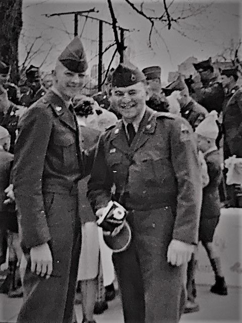 Meyer Margolis (l) with fellow servicemember