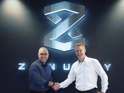 Antonio Neri, CEO von HPE (links), und Dennis Nobelius, CEO von Zenuity.