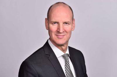 Aron Precht leitet bei HPE den Geschäftsbereich Channel & Ecosystems für Deutschland, Österreich und die Schweiz (DACH) .