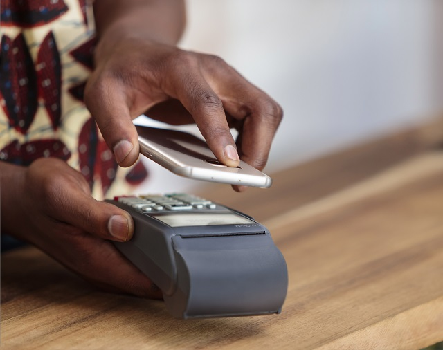mobile-pay-m.jpg