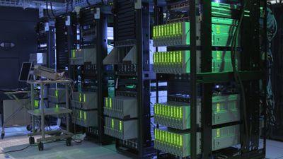 Beim Memory-Driven Computing hat jeder Prozessor Zugriff auf einen riesigen gemeinsamen Speicherpool - im Bild ein Prototyp mit 160 Terabyte Arbeitsspeicher.