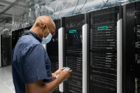 HPE-GreenLake-Cloud-Services-Colocation.png
