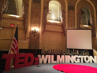 2016-7-21_TEDxWilmington_PreShowStage-Close.jpg