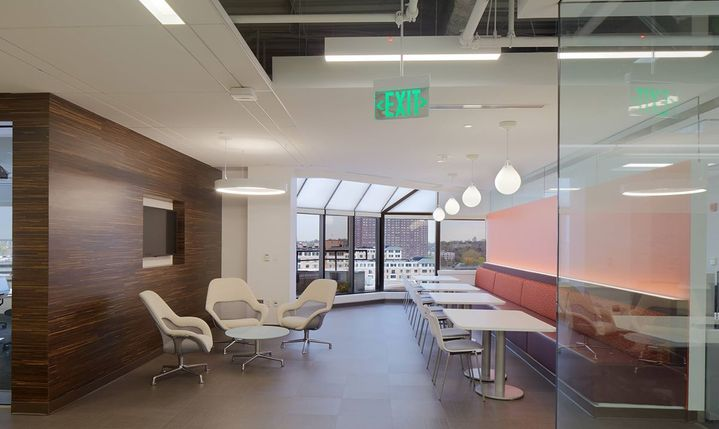 The open door concept encourages collaboration and creativity.