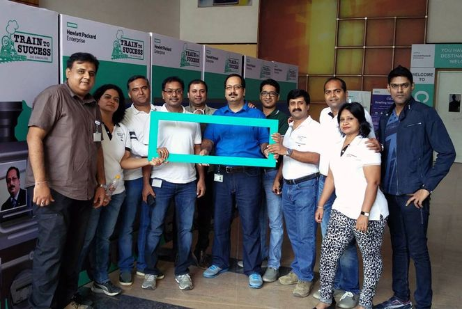 Sanjay Mujoo with his GSC CSC Bangalore leadership team