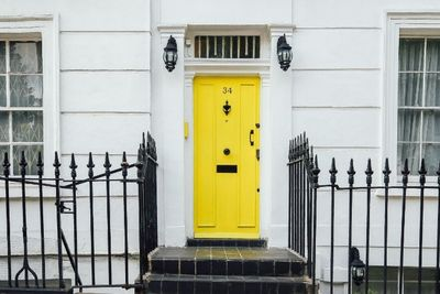 yellowdoor.jpg