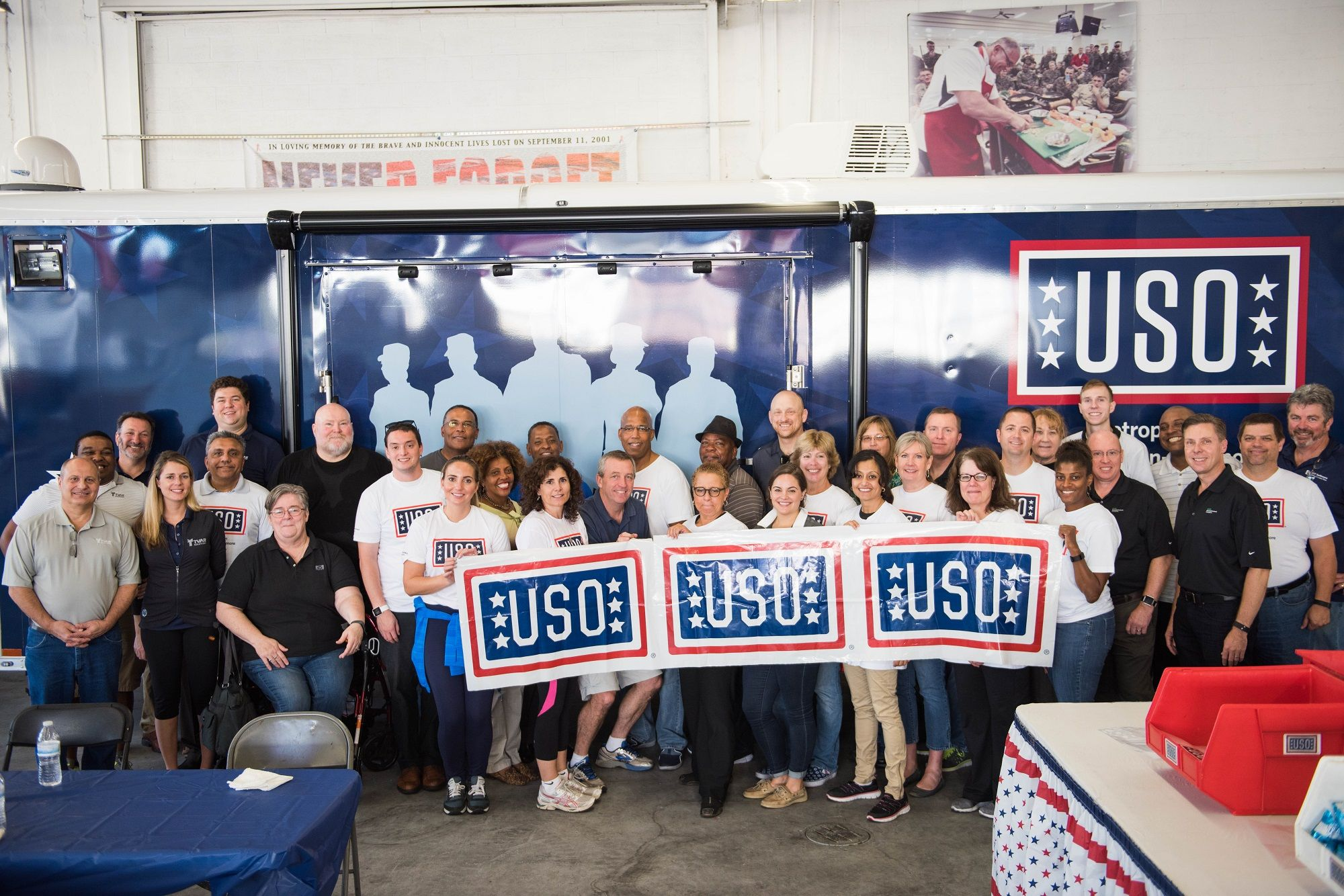 HPE Veteran Allies supporting our troops during a volunteer activity with the USO.