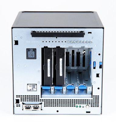 HPE_MicroServer_Gen10_bays.jpg