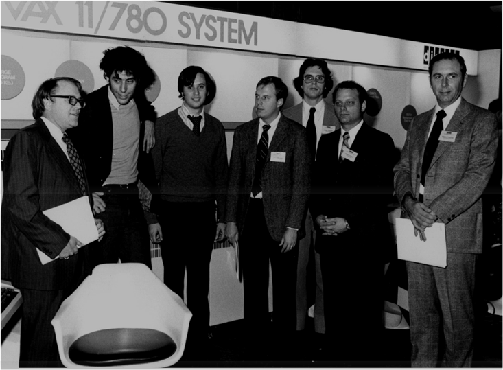 Introduction du premier VAX : le 11/780 - les architectes