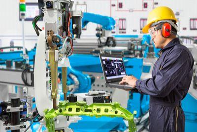 HPE Superdome Flex_manufacturing_blog.jpg