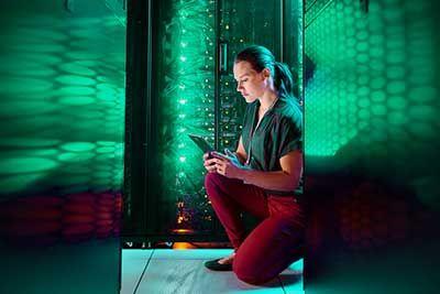 Woman_in_server_room_blog.jpg