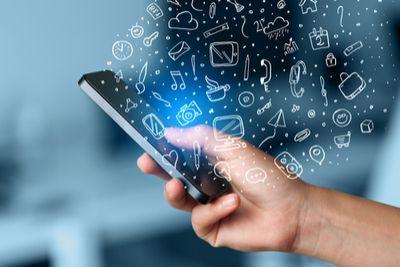 5-tips-for-mobile-strategy_blog_shutterstock_248776741 (1).jpg