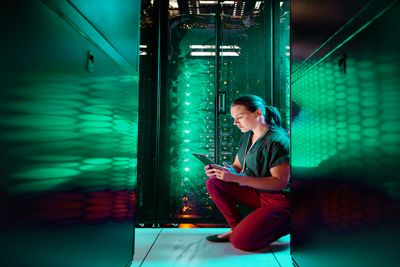 Server-room-400x267.jpg