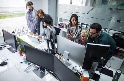 group of 6 at computers - June 2019.jpg