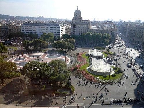 Placa Catalunya or Plaza de Cataluna