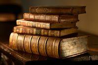 old_books_ATSB_shutterstock_135114548_04Oct.jpg