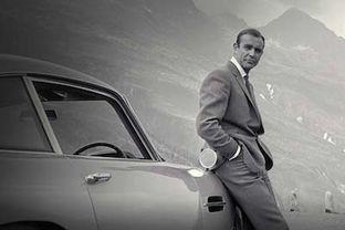 Bond2 400x267.jpg