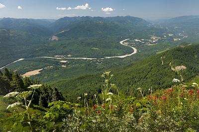 River_valley_sized.jpg