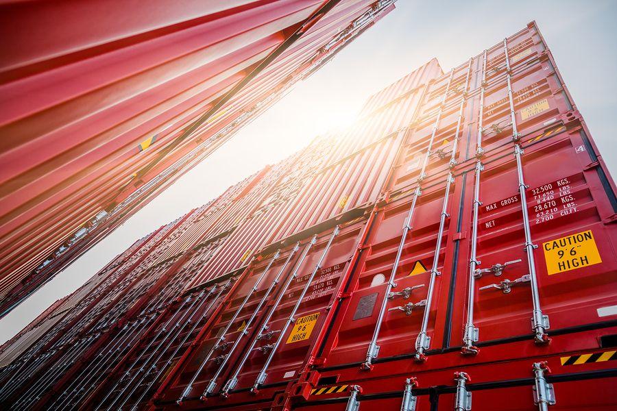 cargocontainersatharbors_350509.jpg