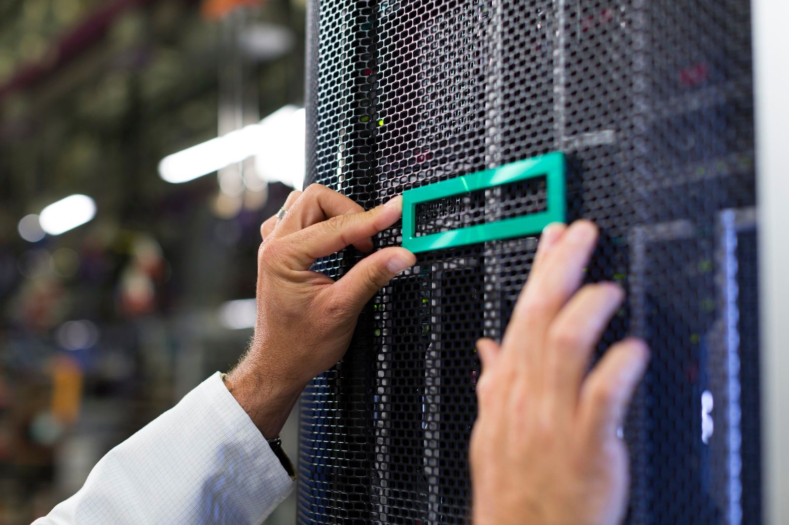 HPE Servers Twitter Image.jpg