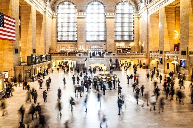 people-new-york-train-crowd.jpeg