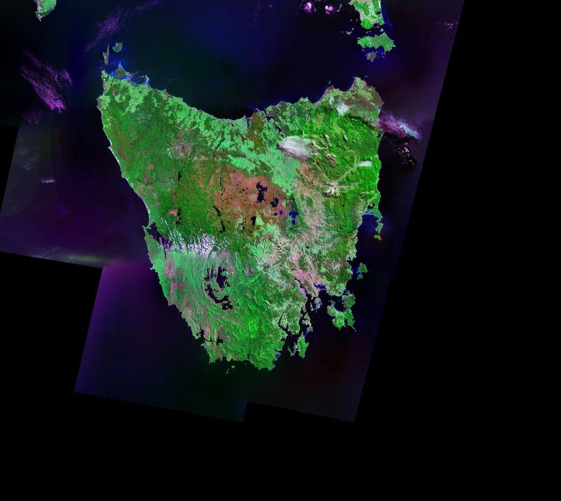 1146px-Tasmania-satellite.jpg