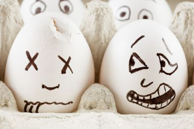 bigstock-Egg-is-scared-as-it-sees-dead--19390769.jpg