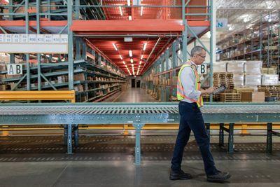 Worker in factory.jpg